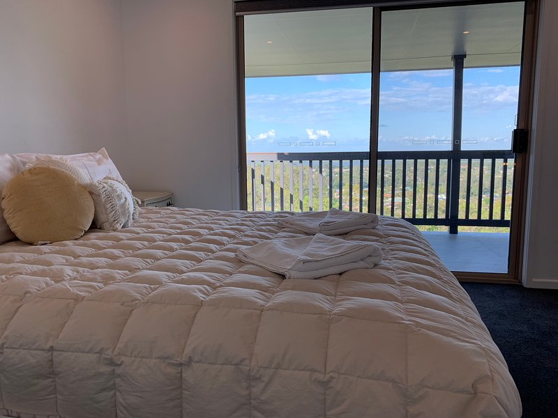 Gold Coast Family Holiday Home, vacation rental in Upper Coomera