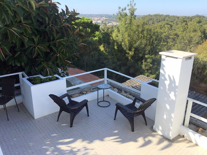 Terraço do Magalhães - Your terrace in Sintra, holiday rental in Galamares