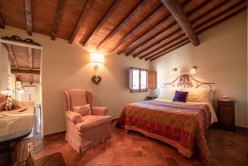 Firenze Centro città, romantico - WI-FI, A/C - Le Rose Siberine Antica dimora, vacation rental in Florence