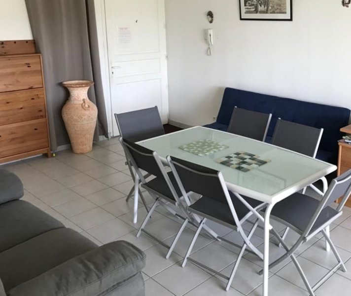 Beautiful apartment with sea view, casa vacanza a La Pagerie