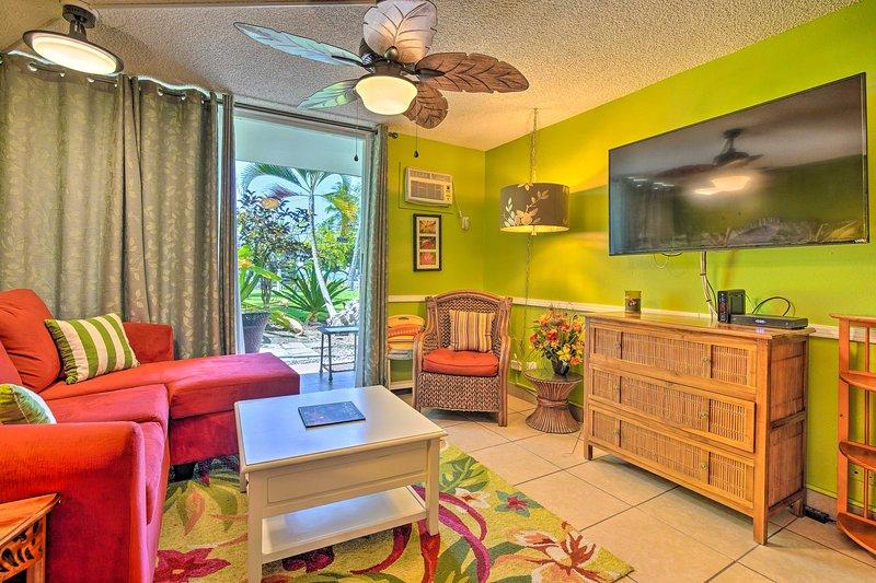 Seguro que te encantará el interior vibrante de este alquiler de vacaciones en Kailua Kona.
