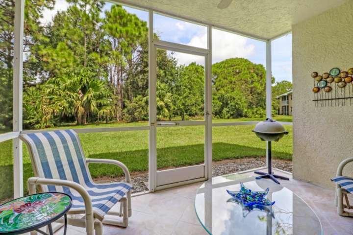 Este tranquilo condominio de Bonita Springs es una escapada tranquila, pero a solo minutos de playas de clase mundial, tiendas y lo mejor que SW Florida tiene para ofrecer.