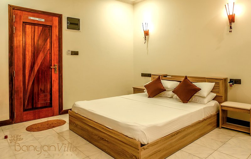 Banyan Villa Dhangethi - Deluxe Rooms, holiday rental in Omadhoo Island