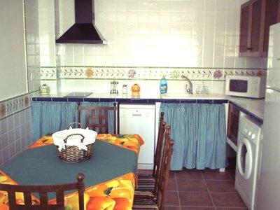 CASA RURAL LAS CERRÁS 5, casa vacanza a Albalate de las Nogueras