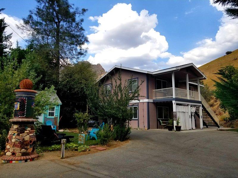 Sacred Mtn River Suites -Earth Suite, vacation rental in Kernville