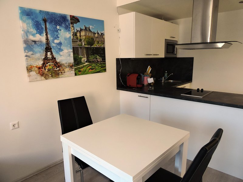 Messe Apartment 204 Paris, vakantiewoning in Pritschitz