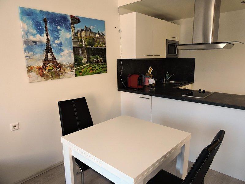 Messe Apartment 204 Paris, Ferienwohnung in Ebenthal