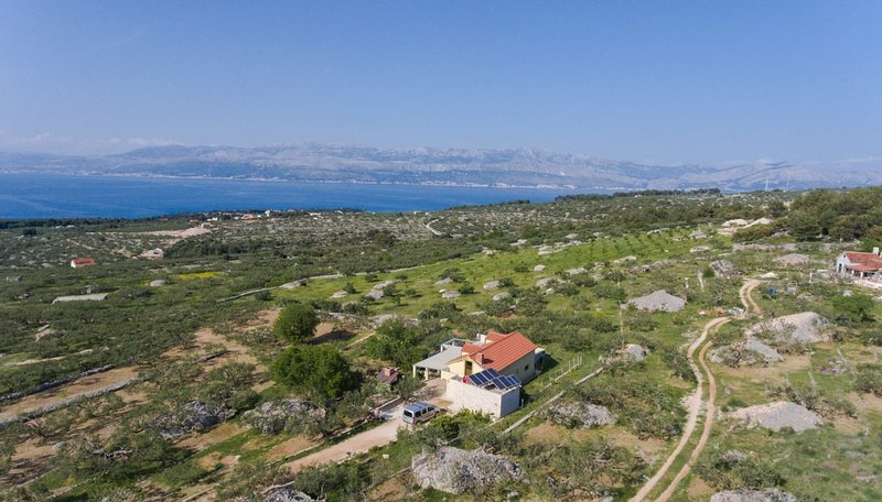 Mario - with pool: H(4+2) - Supetar, holiday rental in Dol