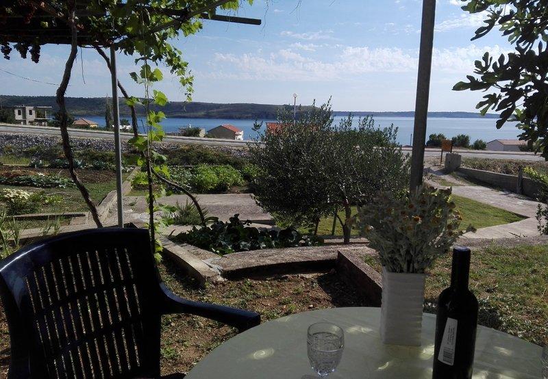 JoPek - sea view; SA1(2) - Rtina, holiday rental in Rtina