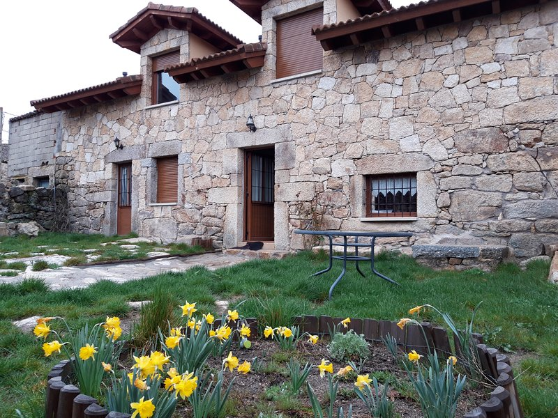 CASA RURAL LOS ARROYOS, holiday rental in Navacepeda de Tormes