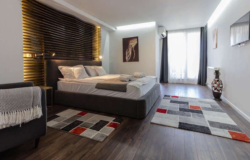Ares ApartHotel - Apt 405, Cluj-Napoca, vacation rental in Cluj County