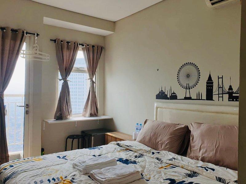 Studio room near mall - Central Park  Area Jakarta, holiday rental in Tangerang