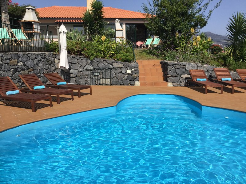Banda do Sol Self Catering - LAVENDER COTTAGE, holiday rental in Estreito da Calheta
