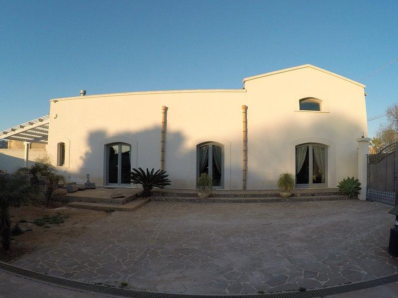 Signorino Suites&Pool, Ferienwohnung in Marsala