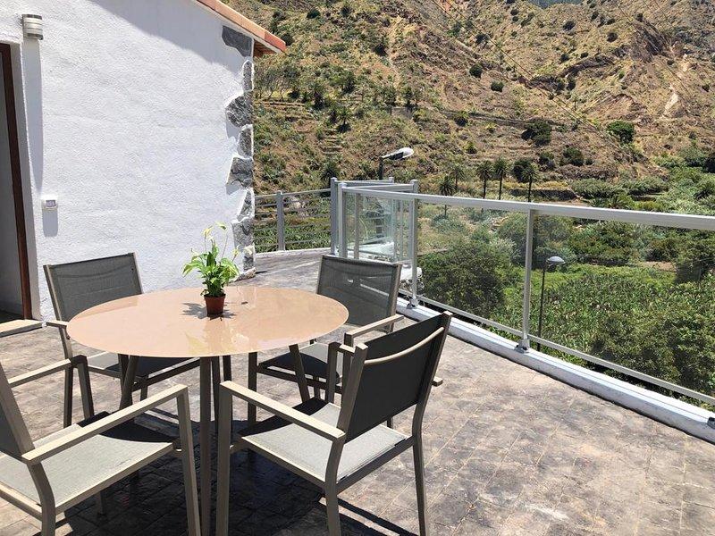 Apartamento con Terraza espléndida Casa Bibiana 2, aluguéis de temporada em Hermigua