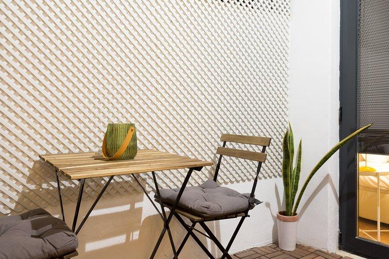 Olala Urban Chill Flat ENT3, vacation rental in Cornella de Llobregat