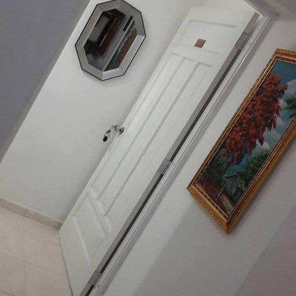Habitación amueblada con todos los servicios, holiday rental in Pedro Brand