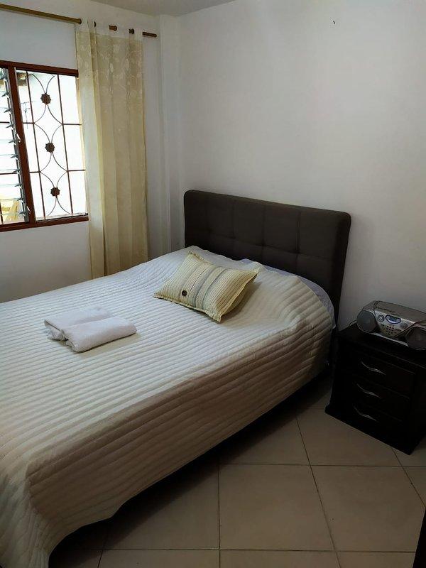 APARTAMENTO AMOBLADO GUATAPE CENTRAL, aluguéis de temporada em Guatape