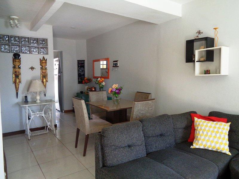 Confortável 4 qts ( Suíte c/ ar), holiday rental in Paraty