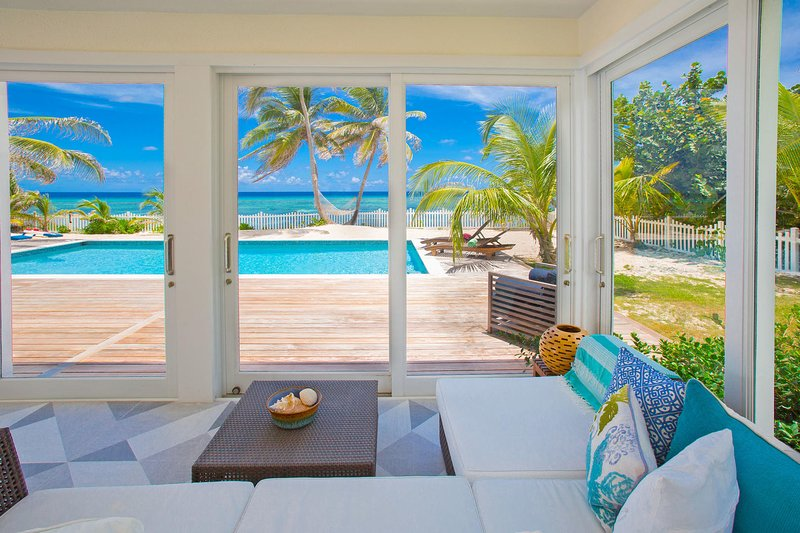 Babylon Reef: Recently Renovated Villa with Backyard Snorkeling and a Crystal, holiday rental in North Side