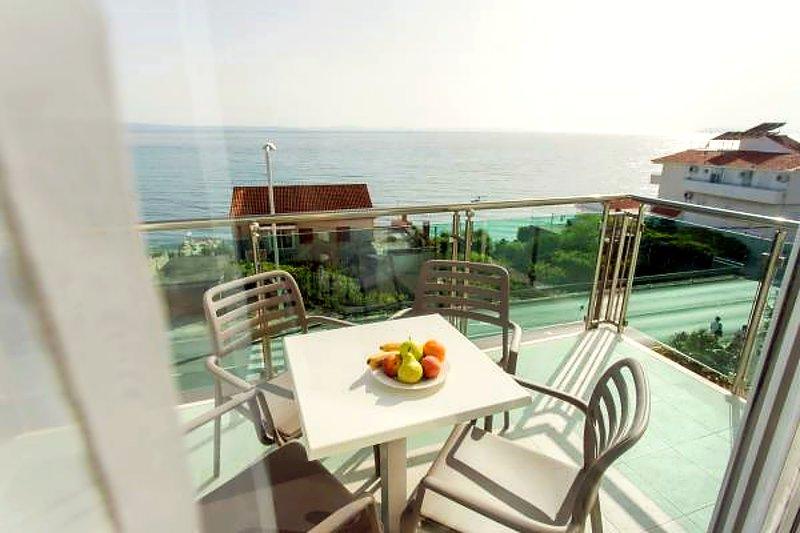 Ringo Apartments 1 – Luxury One-Bedroom Apartment, holiday rental in Podstrana