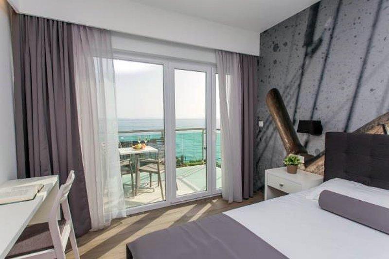 Ringo Apartments 4 - Luxury One-Bedroom Aparmtent