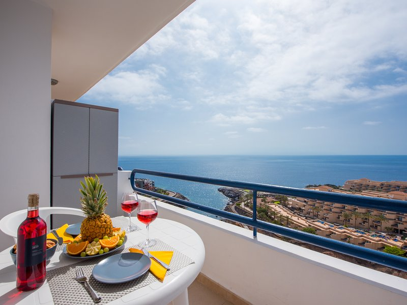 1204.SPECTACULAR VIEW! Costa Adeje Refurbished new !!!, vacation rental in Playa Paraiso