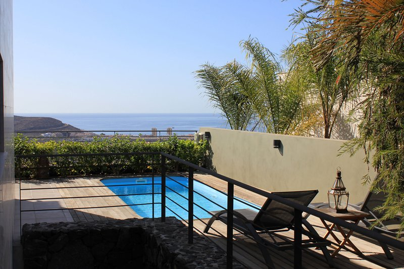 Nice villa with swimming-pool, holiday rental in La Caldera