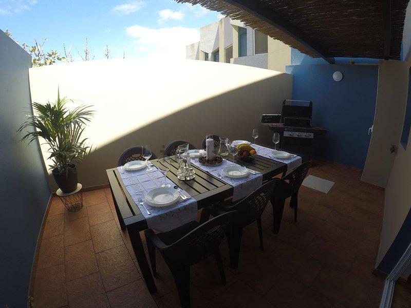 Big House in Gran Canaria, holiday rental in Marzagan