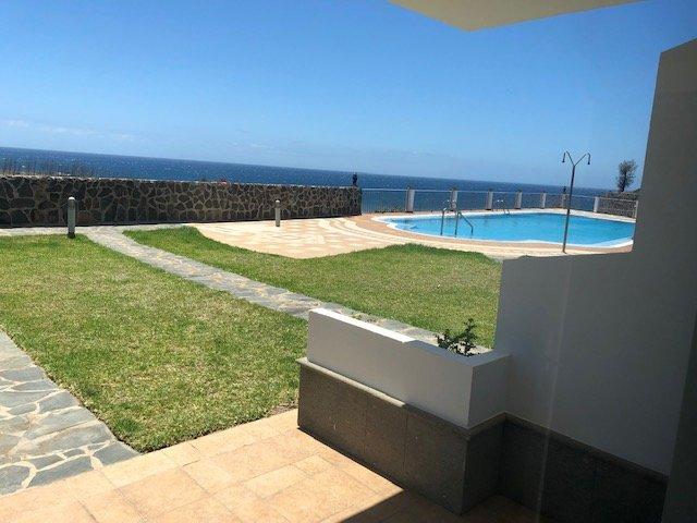 EXCLUSIVO APARTAMENTO TRANQUILO, AMPLIO Y CERCA DE LA PLAYA, holiday rental in Castillo del Romeral