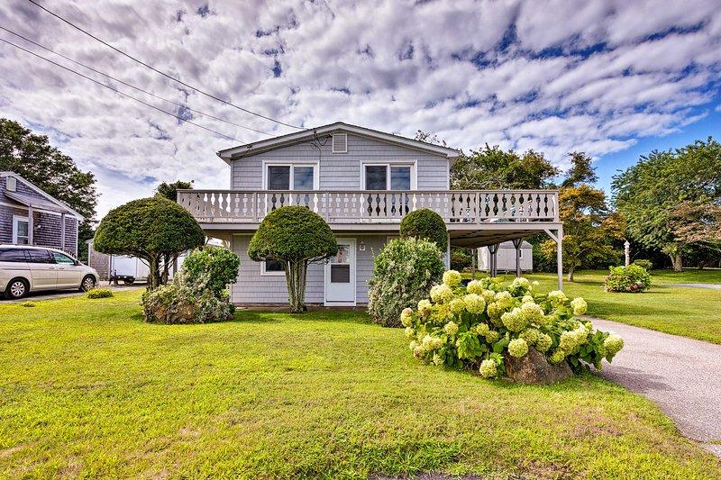 Enjoy a quintessential New England retreat from this home!