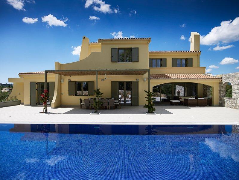 Villa Alpha by Helion Villas, vacation rental in Gouvia