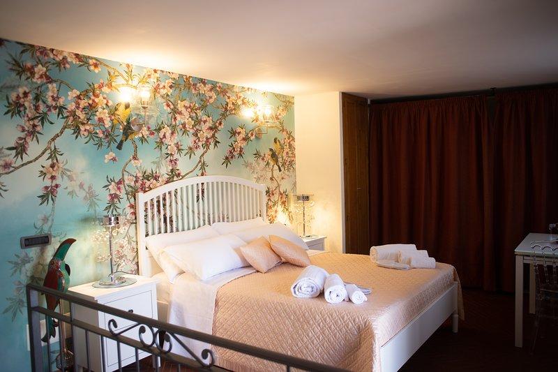 Pesco est un appartement double et / ou simple, à la personnalité intime et réservée.