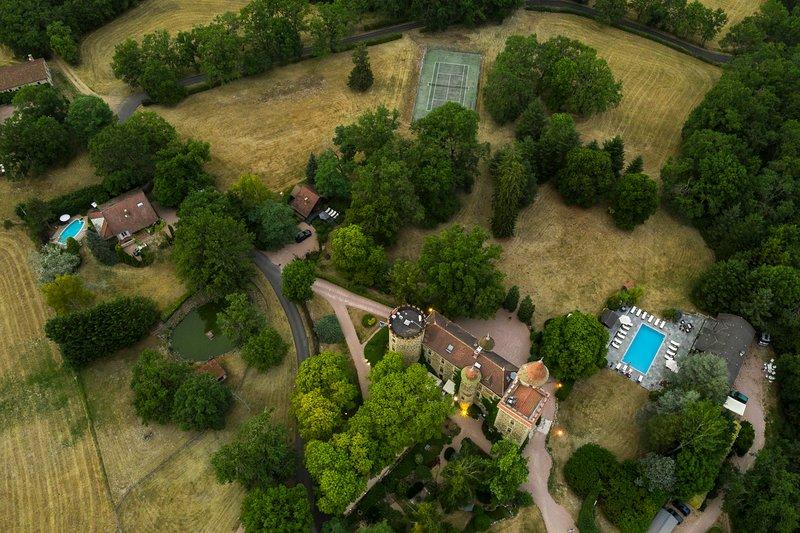 Castle and Private House La Villa du Château