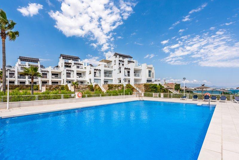 2170 - Stunning beachfront 2 bedroom apartment in Casares, holiday rental in Casares del Sol