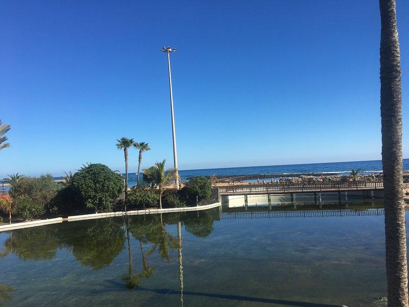 Utsikten från köpcentret Altantico, som ligger bara 500 meters promenad bort