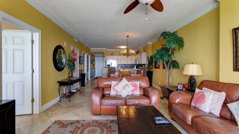 Luxury Ocean Front condo-Master on Gulf! Free Beach chairs. Million Dollar Views, holiday rental in Panama City Beach
