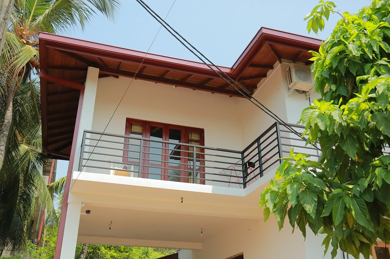 Main Bedroom Upstairs (Beat Hotel Prices) - New, A/C, Wi-Fi, Fully Furnished,, vacation rental in Kiribathgoda