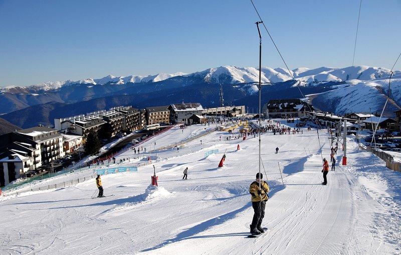 ¡Experimenta un fantástico esquí y snowboard cuando te quedas aquí!