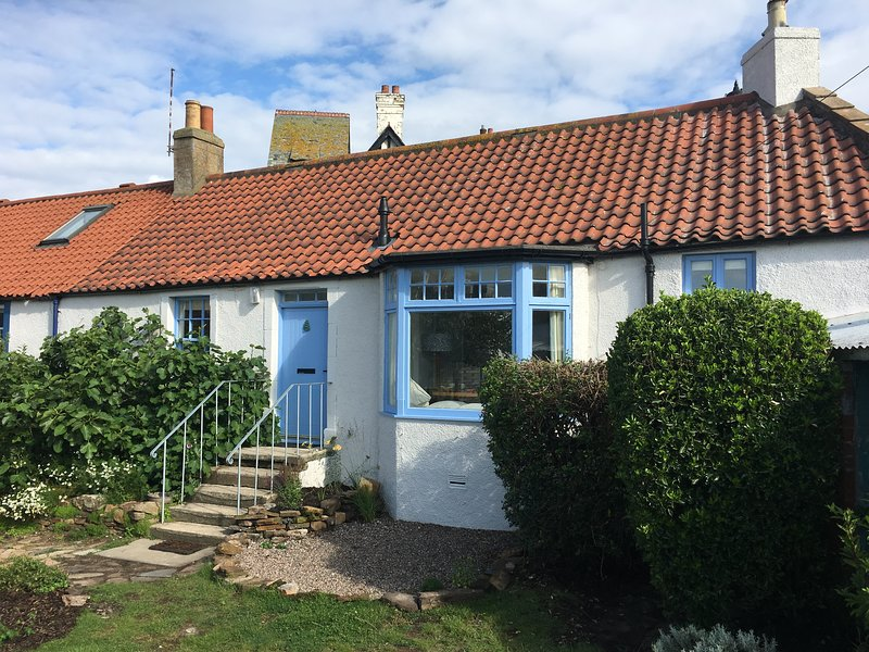 Fig Cottage is a traditional cottage with a modern twist, holiday rental in Elie