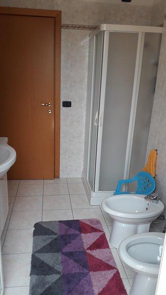Planta baja Baño completo con ducha