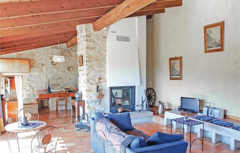 Le Pigonnier de la Tuilière, holiday rental in Chateauneuf-Val-Saint-Donat