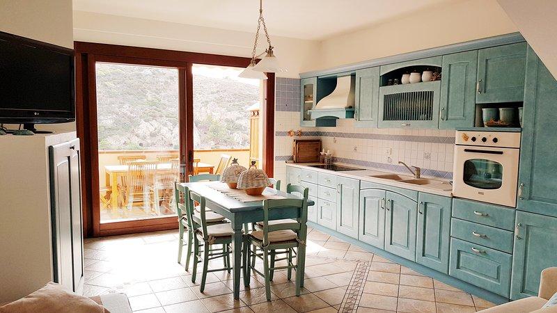 Alloggio per 6 persone a Buggerru in Sardegna, casa vacanza a Buggerru
