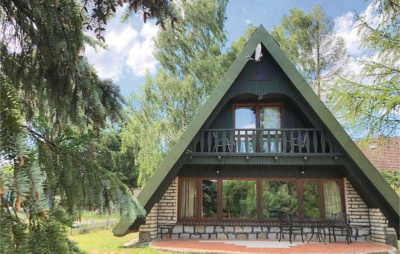 Amazing home in Lübtheen with 2 Bedrooms (DMV399), vacation rental in Hitzacker
