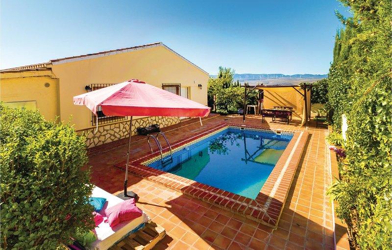 Nice home in Padul with 3 Bedrooms (EAC335), alquiler vacacional en Dílar