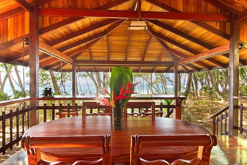 Beach House at Pieza Paraiso, vacation rental in Carate