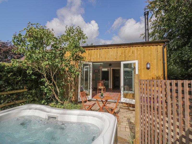 Hen House View, Rugeley, holiday rental in Hixon