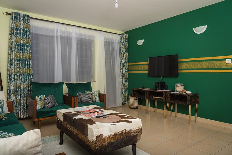 Sefu Furnished Apartments - Green & Gold, holiday rental in Mlolongo
