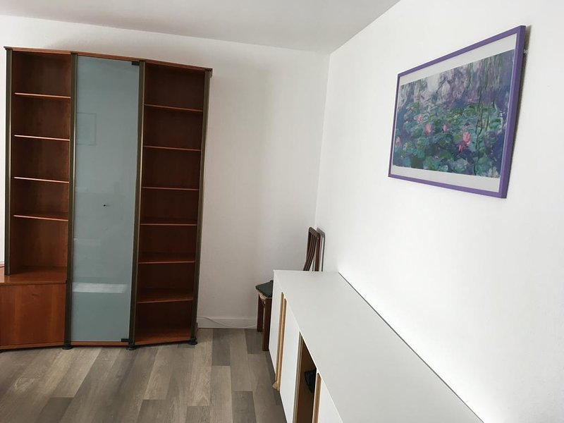 Apartamento Plaza del Pilar, vacation rental in Casetas