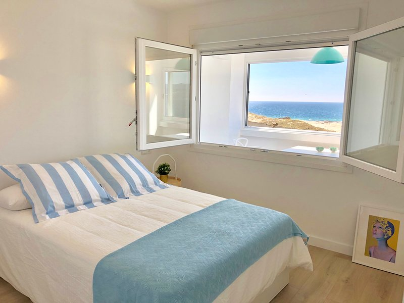 OHLALIFE ! LA PLAYA, holiday rental in Outes